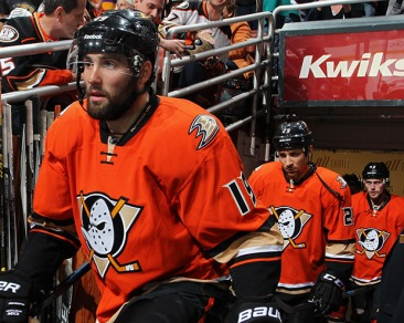 6de83bdd6 Review  NHL Alternate Uniforms